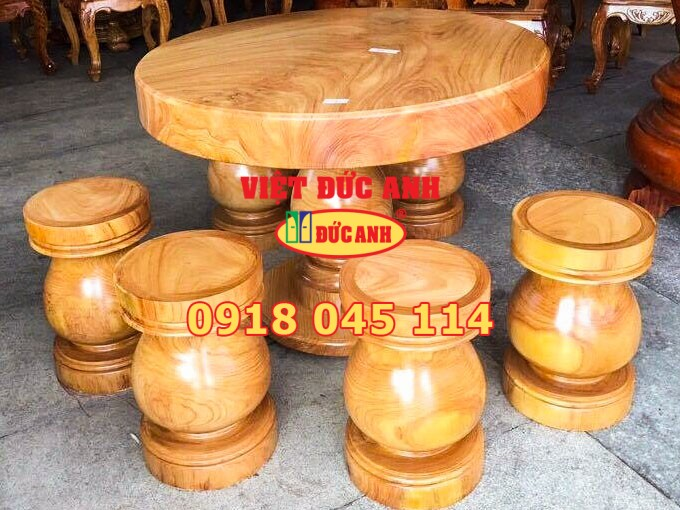 Bàn ghế gỗ 1