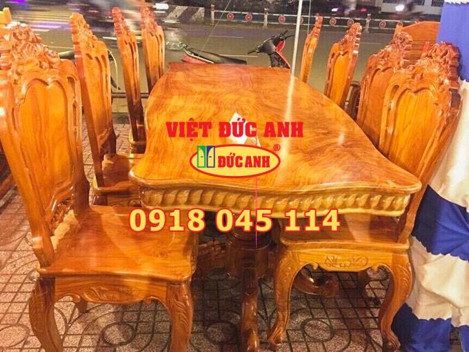 Bàn ghế gỗ 24