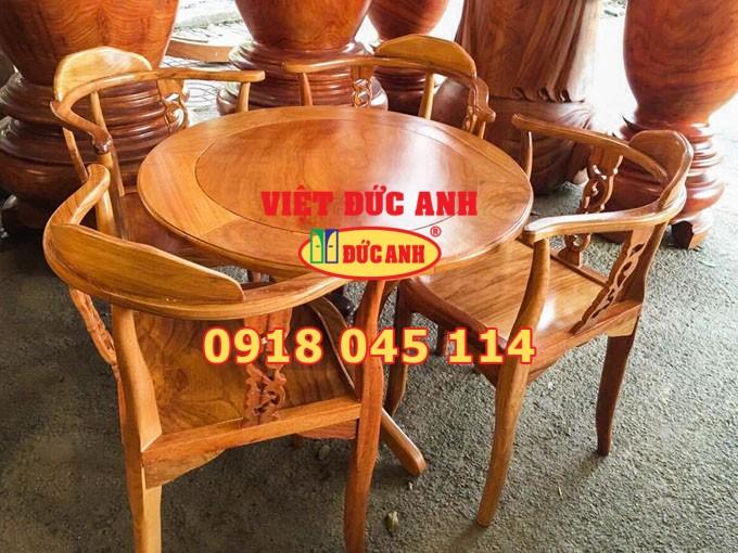 Bàn ghế gỗ 33