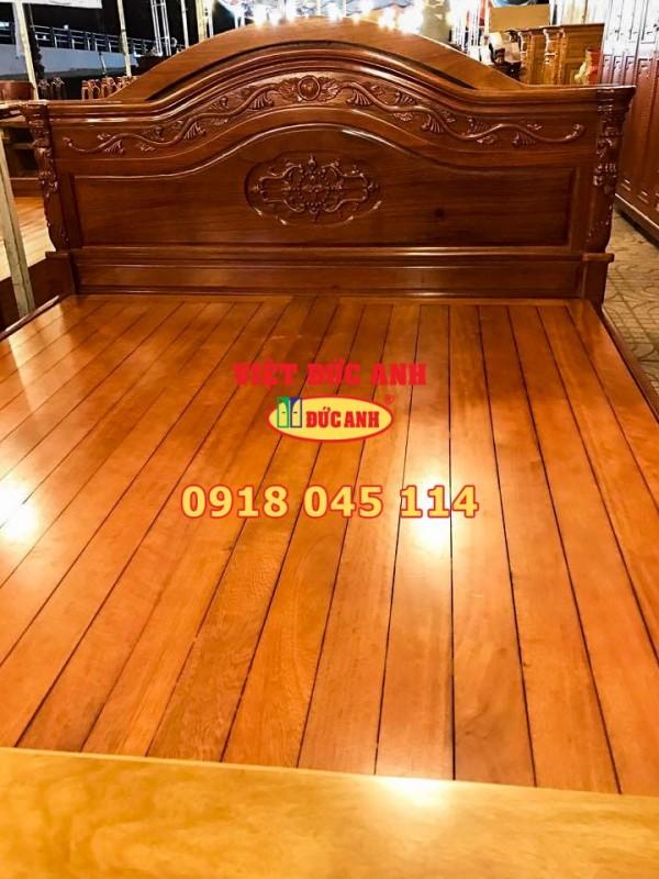 Giường gỗ 18